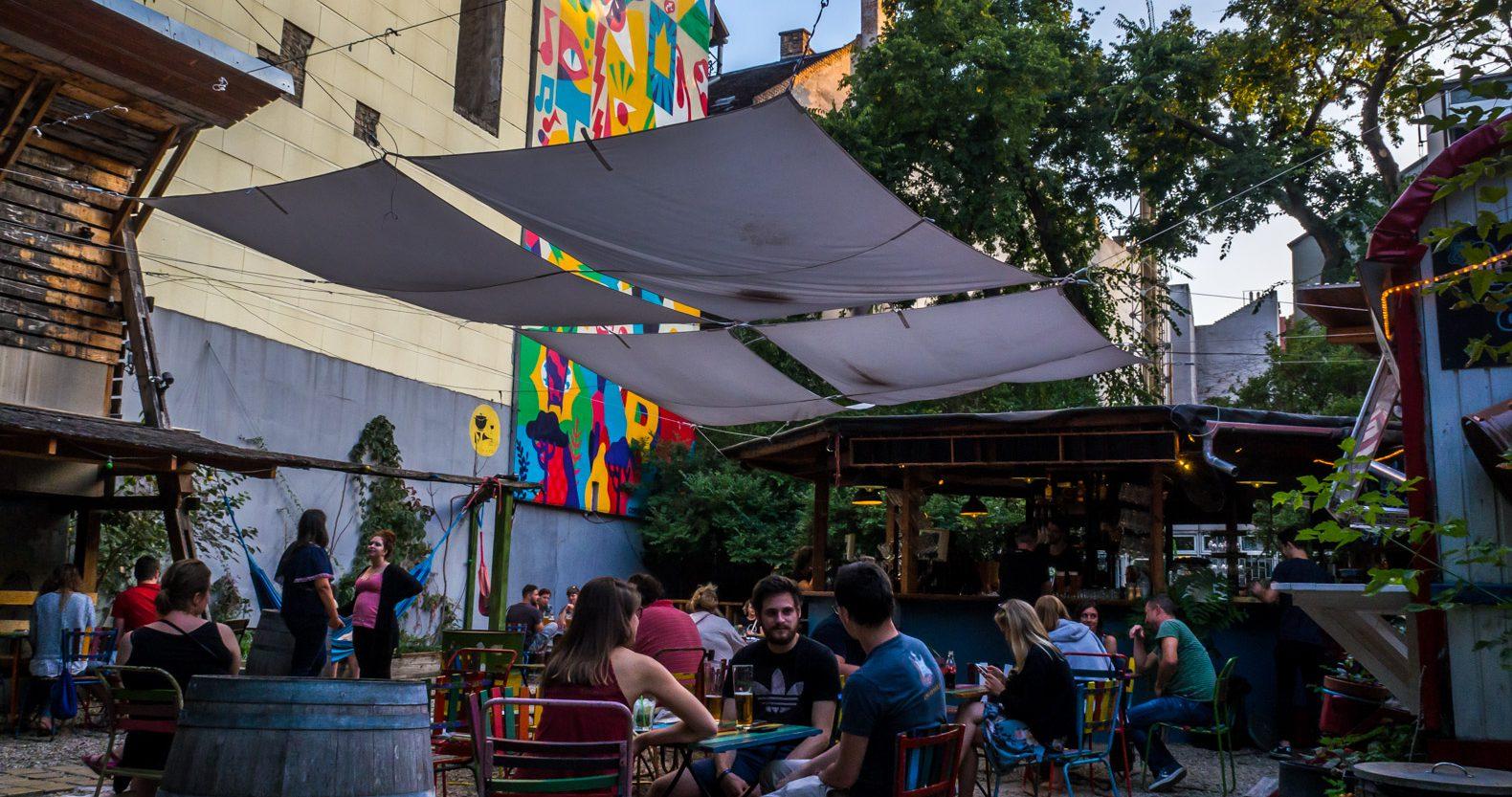 Koleves Kert ruin pub in Budapest