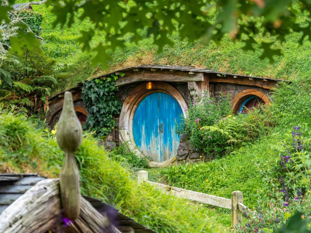 Things to do in Rotorua: visit Hobbiton