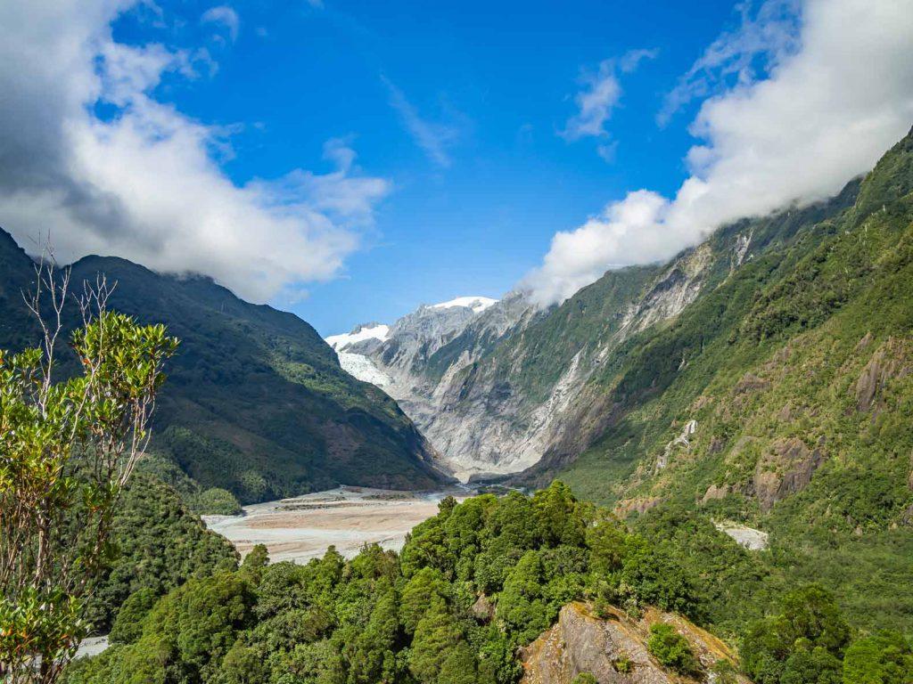 Sông băng Franz Josef là chủ đề trên nhiều bức ảnh về New Zealand.