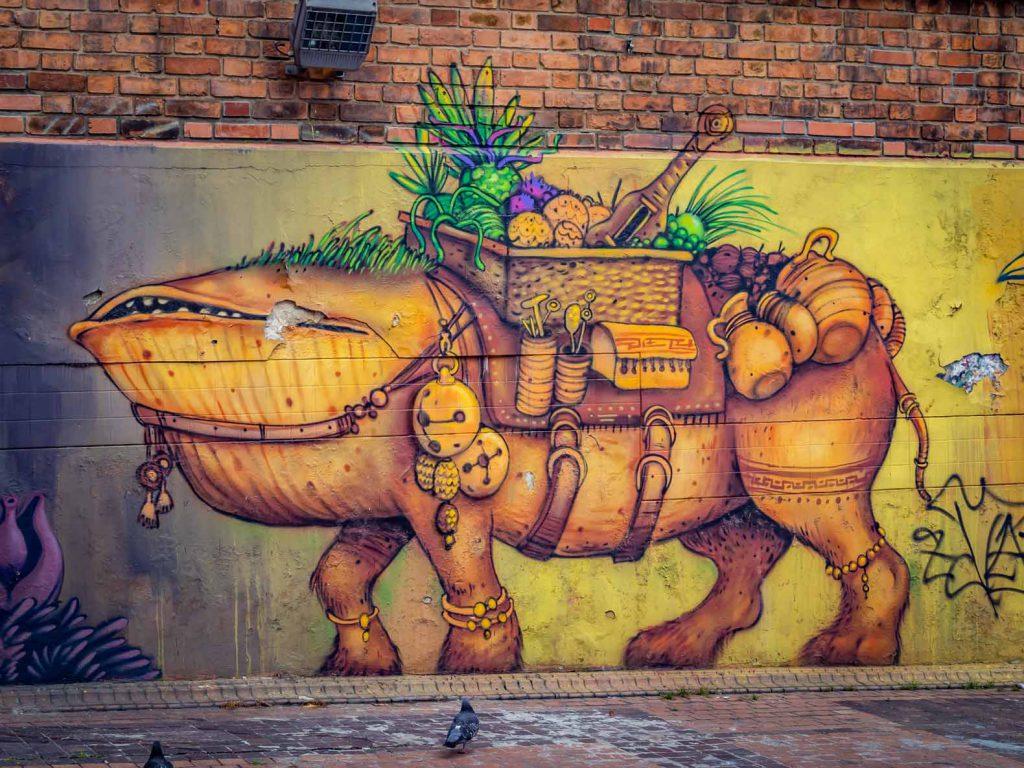 Fantasy graffiti in Colombia, Bogota